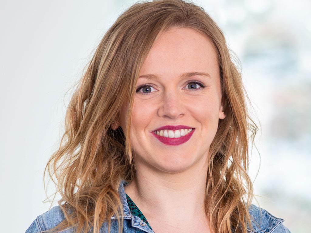 Sophie DEFRANCE, Chargée de communication et relations jeunes
